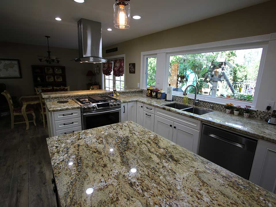 A Traditional Kitchen Design Build In Lake Forest, Orange County