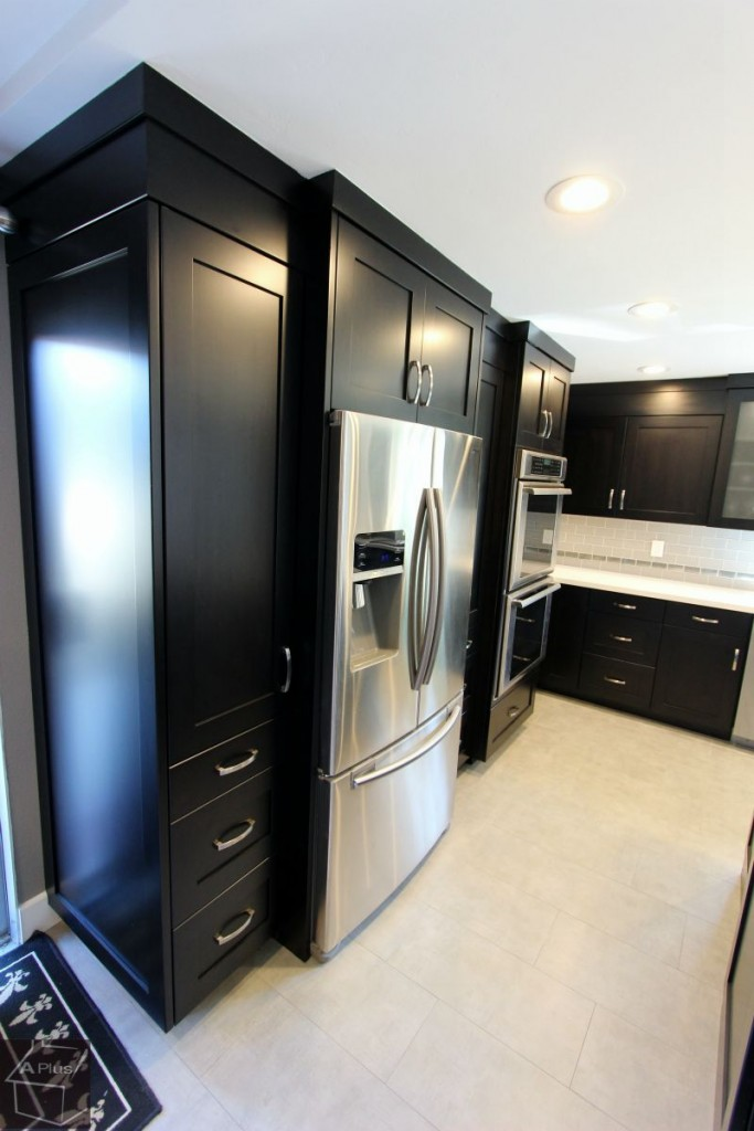 Anaheim Hills Transitional Black and Stainless Steel L-Shaped Kitchen Remodel