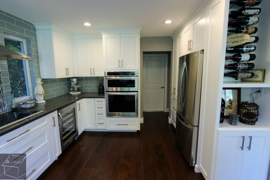Transitional_style_white_kitchen_remodel_in_Trabuco_canyon00002