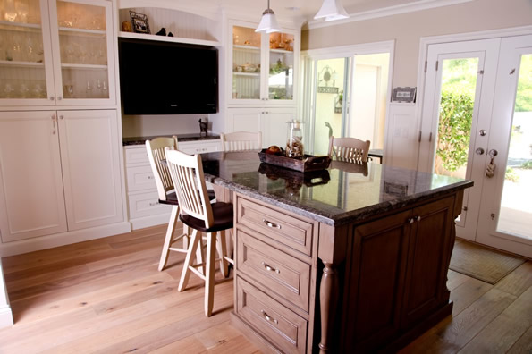 Designing an eating area in Kitchen Planning & remodel pointers in Laguna Niguel Orange county