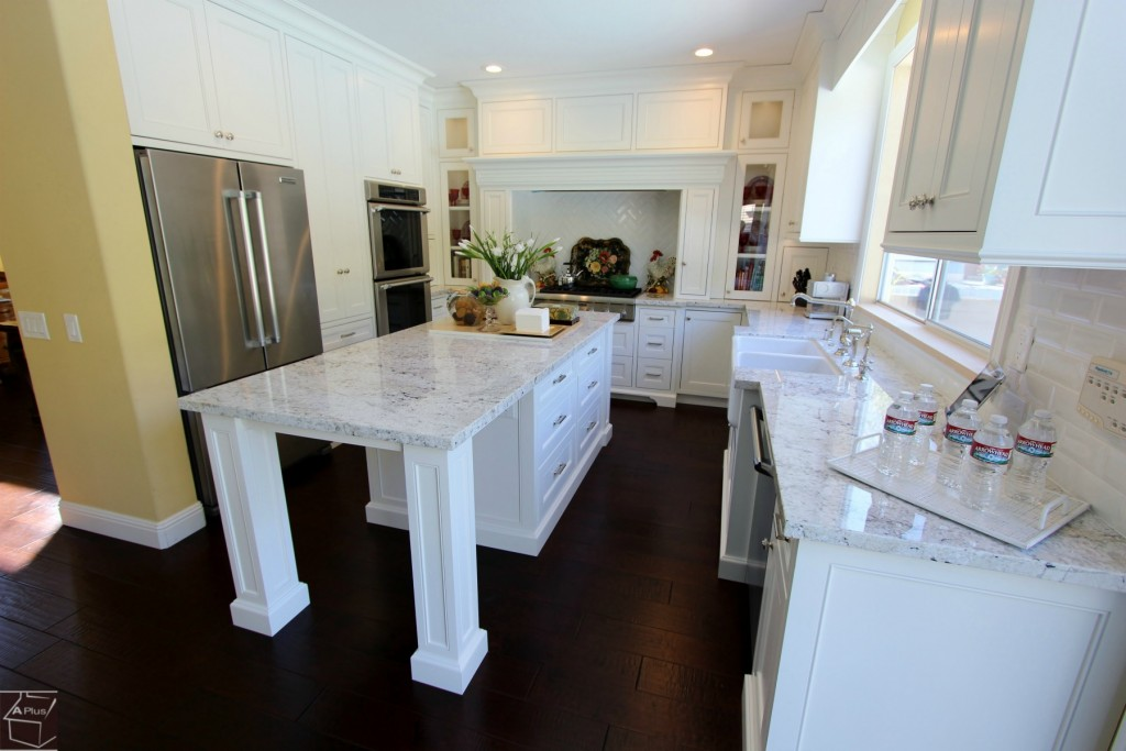 Etonnant Aliso Viejo White Transitional U Shaped Kitchen Remodel With Custom White  Cabinets