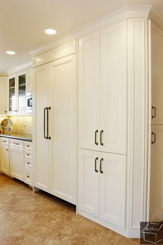 Cottage Style Kitchen Cabinets in Orange County