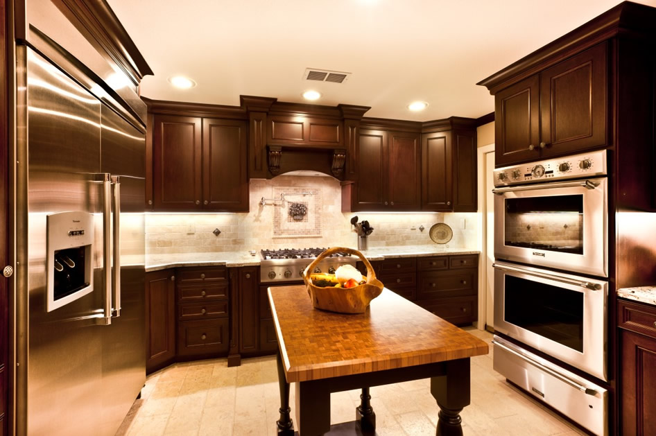 Food Perparation area in a kitchen remodeling & planning pointers in Laguna Hills Orange County