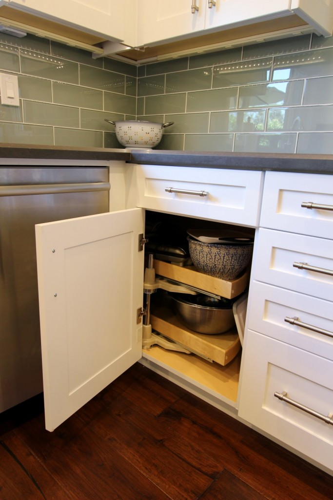 Transitional Style Gray & White G-Shaped Kitchen Remodel with Custom Cabinets in Trabuco Canyon