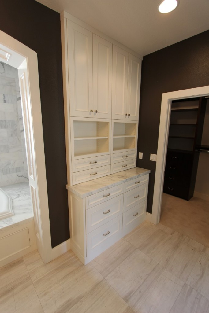 FULLERTON TRANSITIONAL BLACK & WHITE L-SHAPE KITCHEN & HOME REMODEL WITH CUSTOM WHITE CABINETS