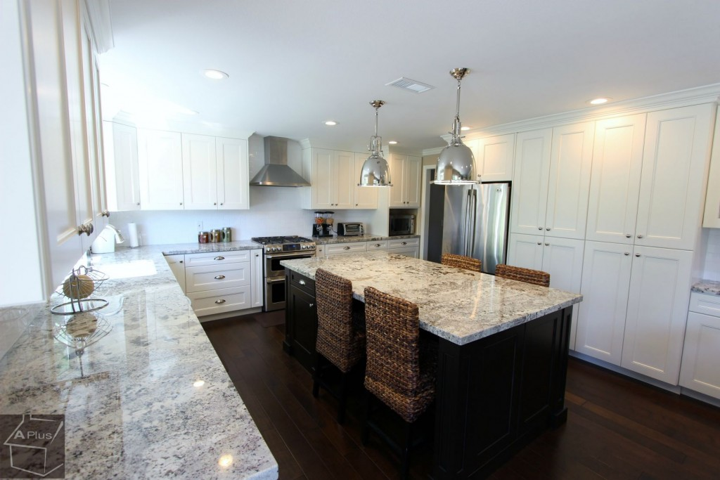 Contemporary U-Shaped Kitchen Remodel with White Custom Cabinets in Irvine