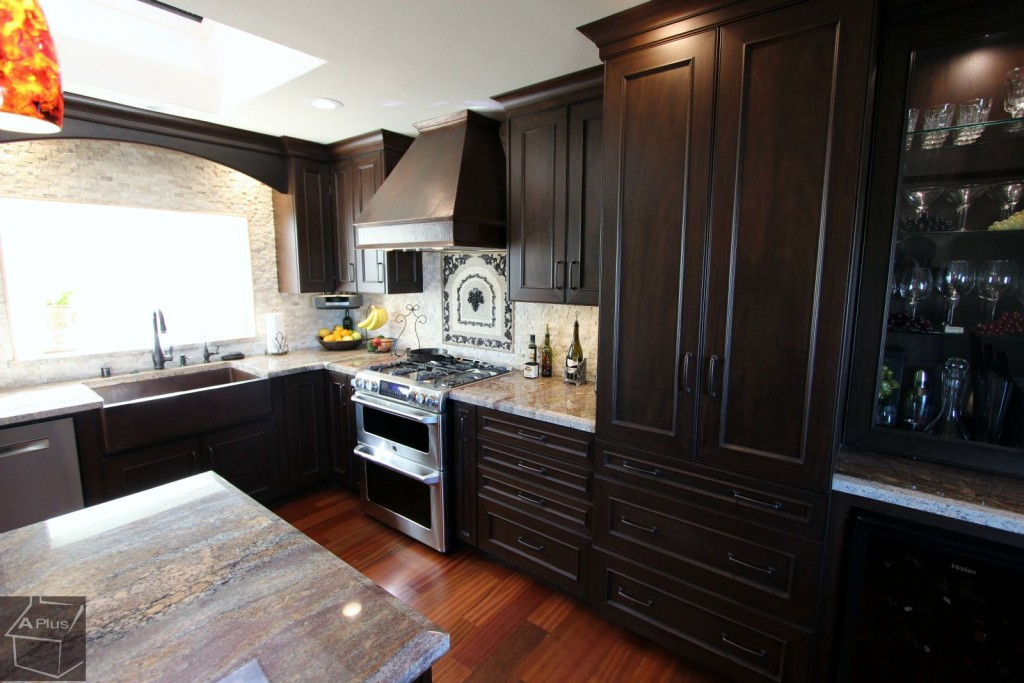 Kitchen_remodel_with_custom_cabinets_in_Laguna_Niguel_Orange_County00009