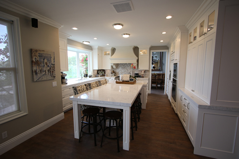 Custom Transitional White Kitchen Cabinets in San Juan Capistrano